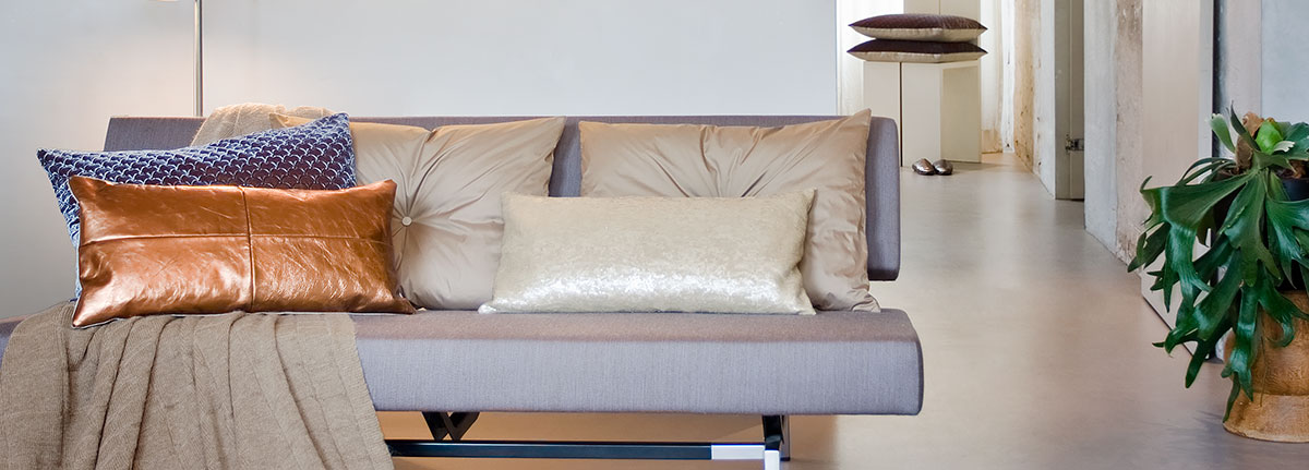 Cushion Metro on sofa