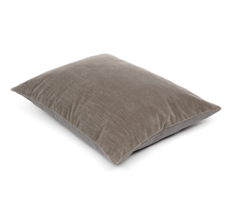 Cushion Hero Taupe ribvelours met vintage finish