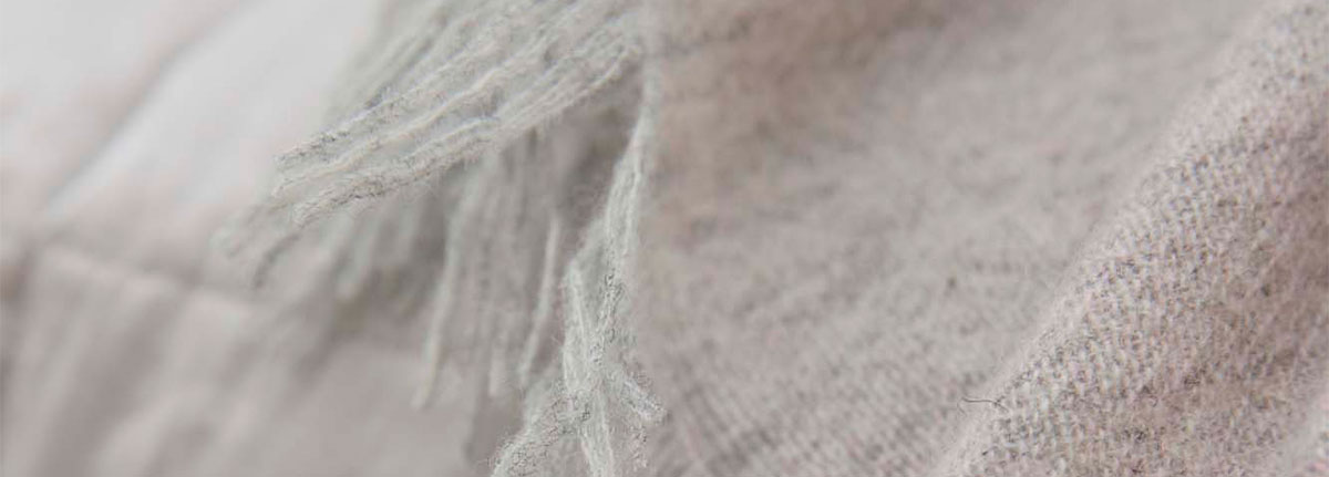 Throw Fly Blush Melee detail washed wool